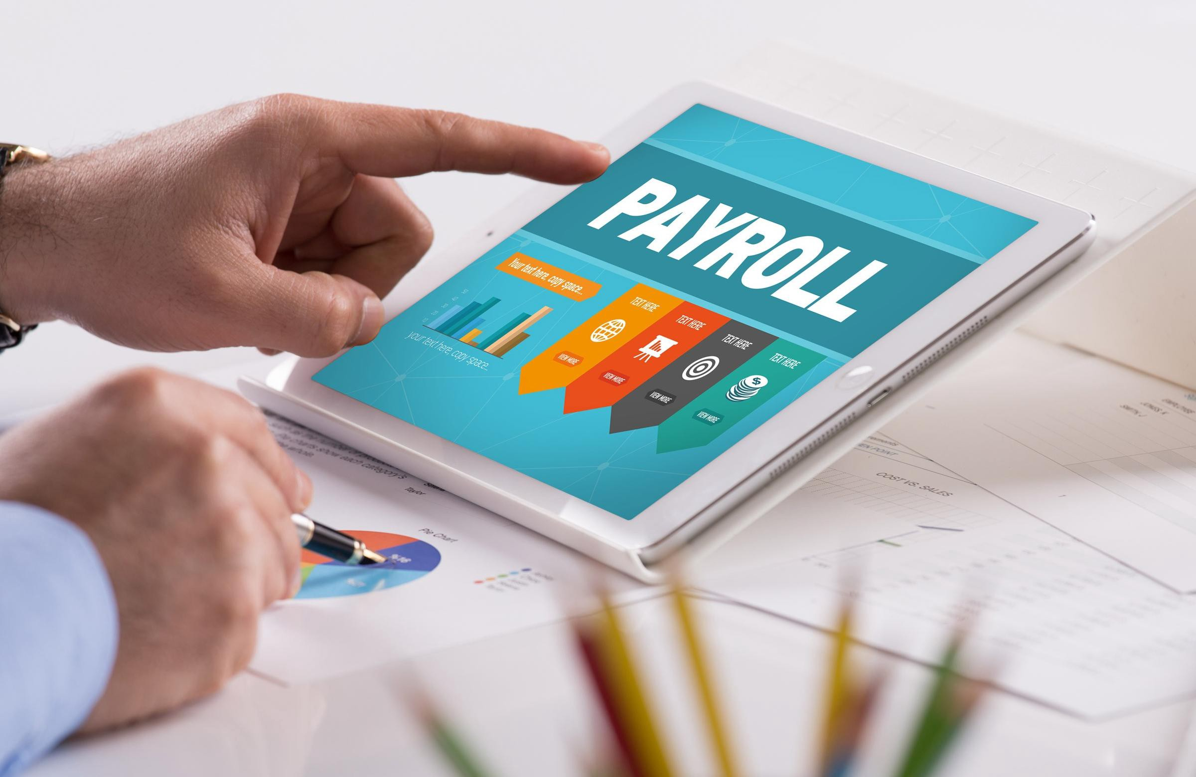 Reaping the Benefits of Online Payroll Processing
